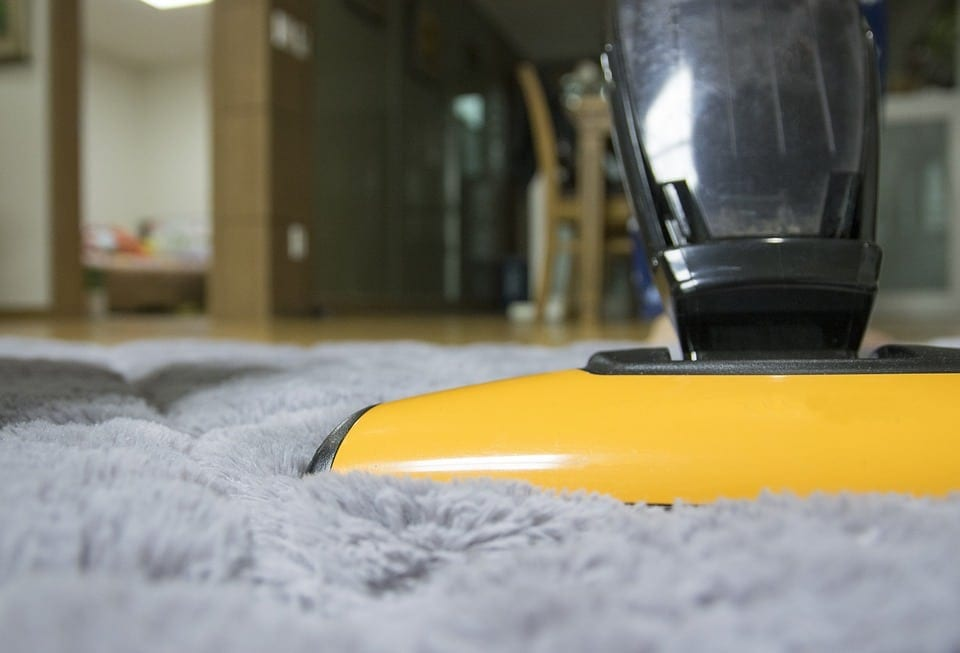 The Best Way To Steam Clean Your Carpet